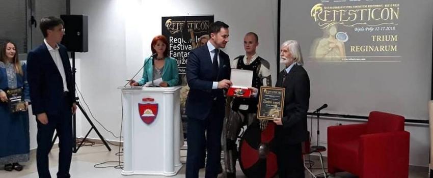 """""""Zlatni zmaj"""" uručen crnogorskom poeti i pripovjedaču Slobodanu Vukanoviću"""
